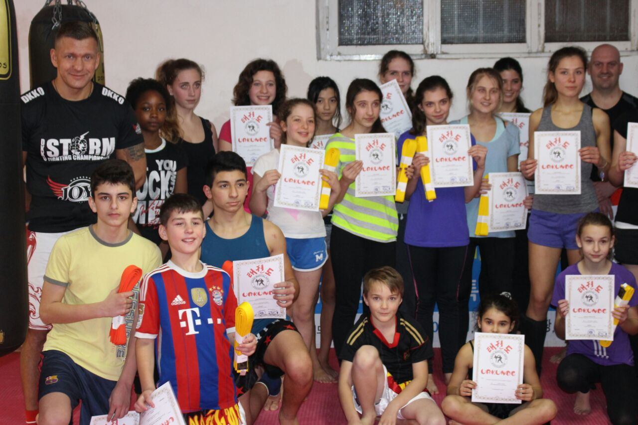 Kickboxen Düsseldorf / Ratingen für Kinder und Jugendliche