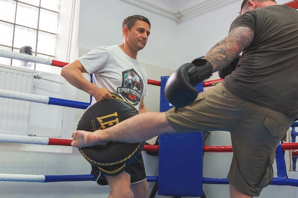 Muay Thai Trainer
