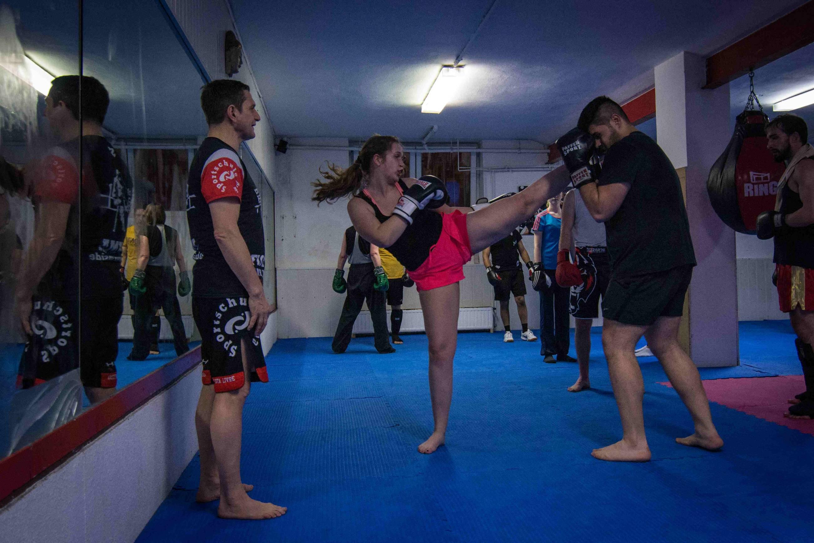 Frauen Thaiboxen