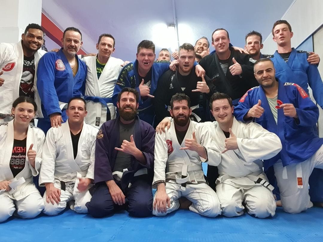 Brazilian Jiu Jitsu bei Sportschule Asia